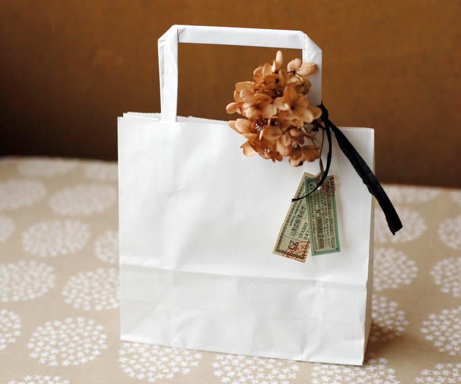 ラッピングを工夫すればプレゼントがもっと素敵に、豪華に。手軽で簡単なラッピングのアイデア集。
