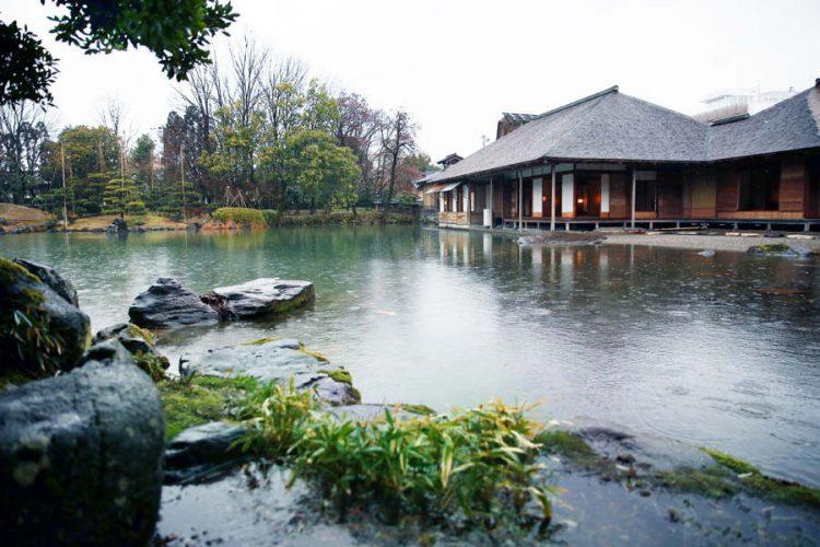 美しい庭を眺めて心を整えよう。福井県内のおすすめ庭園5選。