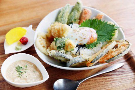 豪華すぎる海と湖の幸! 福井・嶺南地方の多彩な「丼めし」グルメいただきます!