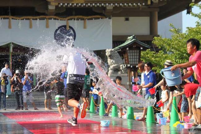 馬威し水かけ祭り2018