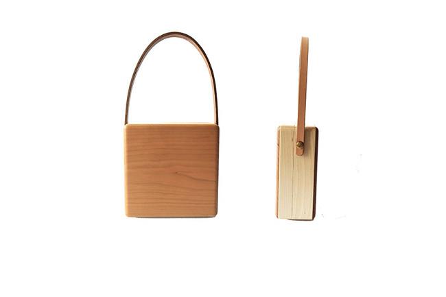 Dada 木の箱