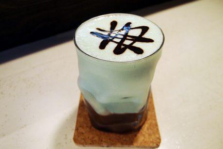 集え、福井のチョコミン党! 福井市の「焙煎工房 Snowcafe」で2種類のこだわりチョコミントドリンクを楽しめるよ。