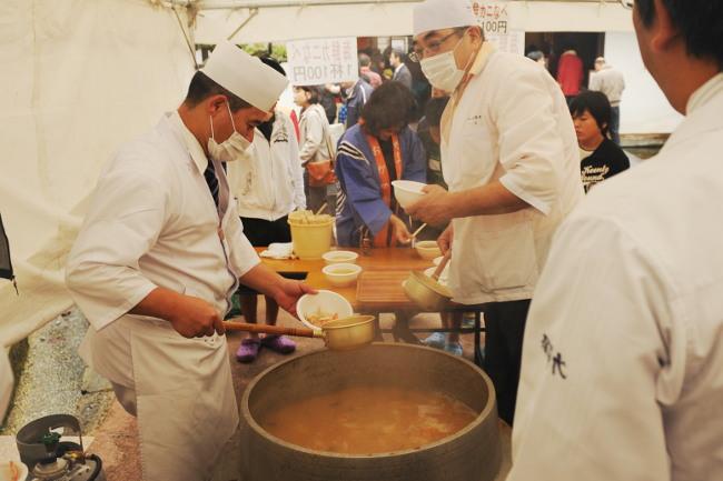食と器の祭典「食い初めカニまつり」「楽市楽座」