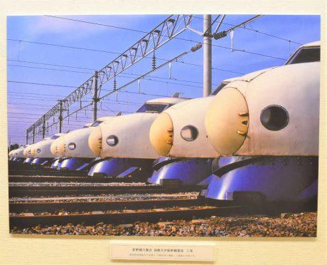 カリスマ鉄道写真家・南正時さん個展は本気で見ごたえアリ! 故郷の越前市で12/26まで。