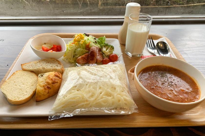 福井県立歴史博物館のカフェ「歴博茶房 ときめぐる、カフヱー。」では、期間限定で給食ランチが楽しめます!