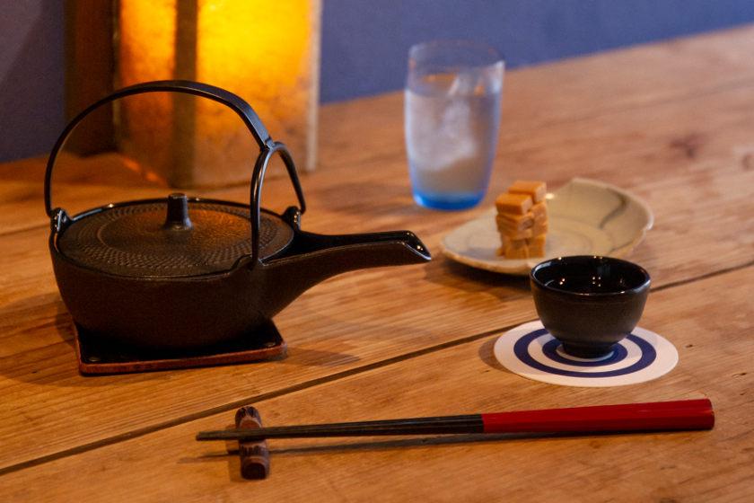 山中温泉街にある「和酒BAR 縁がわ」は、日本酒好きにおすすめしたい最高の隠れ家です。
