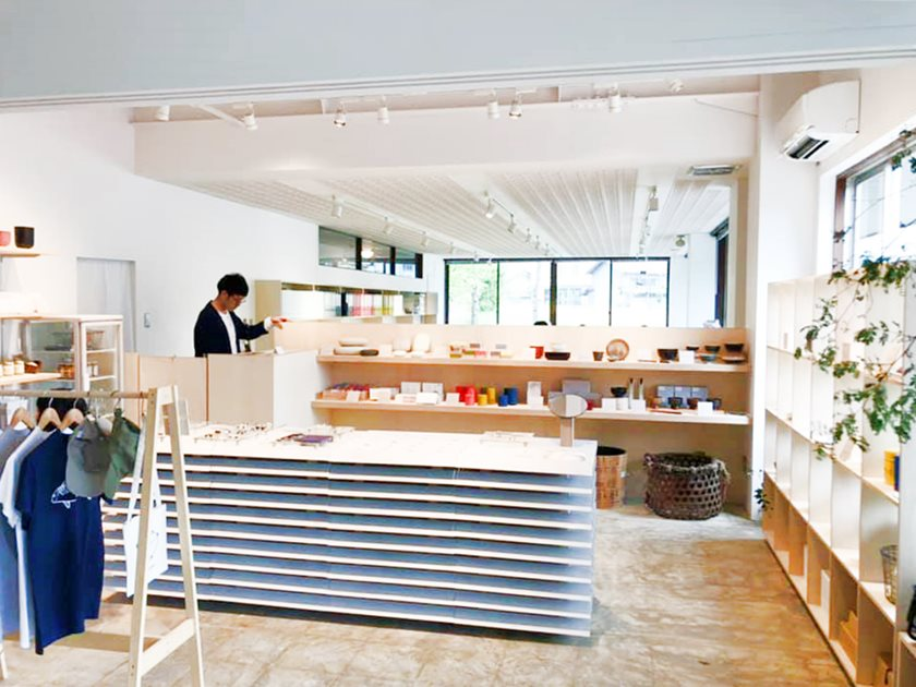 鯖江市の河和田に誕生した「TOURISTORE(ツーリストア)」は、ものづくりを体感できる素敵な場所でした!