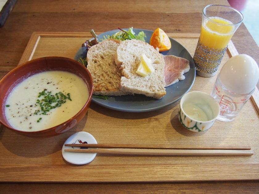 おいしいパンとスープで朝からほっこり幸せ。福井駅前の「クマゴローカフェ」で朝ごはんが食べられるよ。【ちょいネタ】