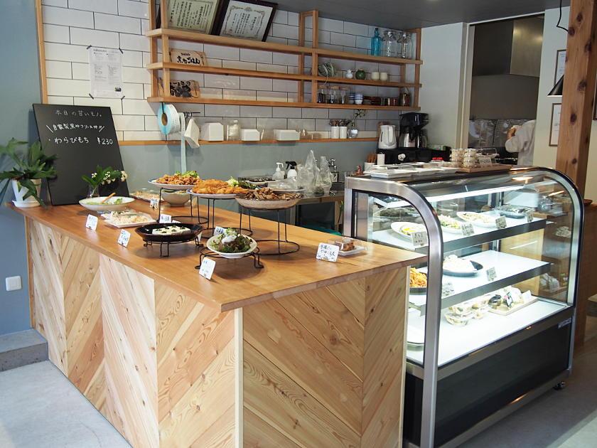 野菜たっぷり、作りたてのお惣菜がずらり。越前市にオープンした「京町ごはん」で今夜の一品、いかがですか?