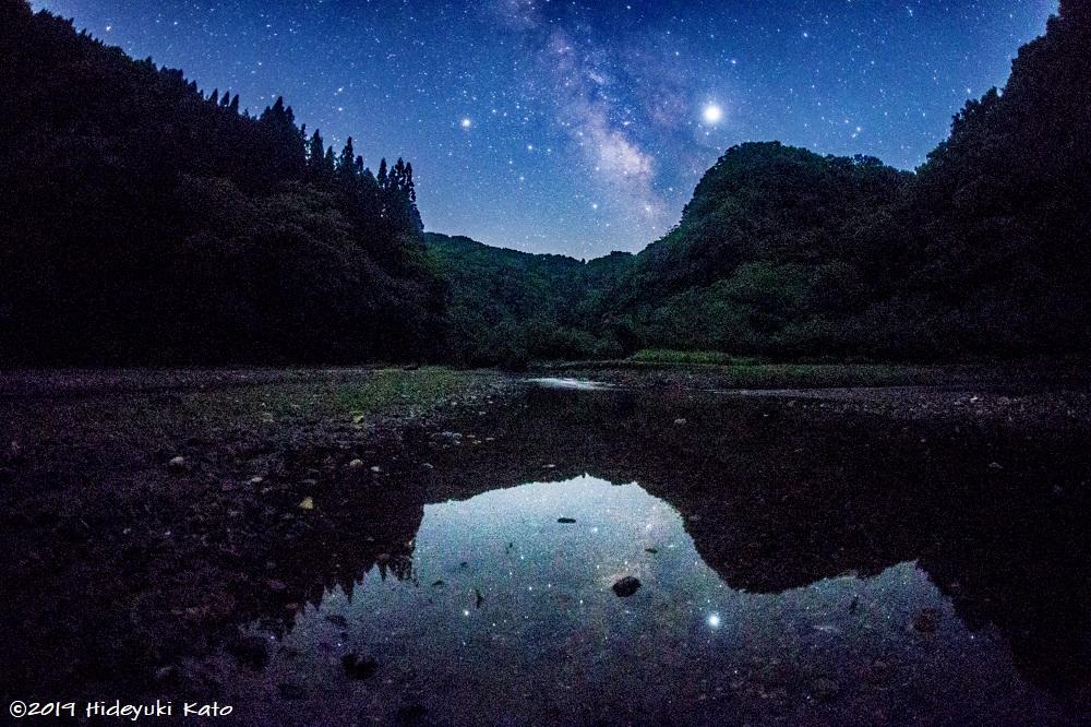 小川に映る天の川!福井市の武周ヶ池で星を見てきました!【ふくい星空写真館】