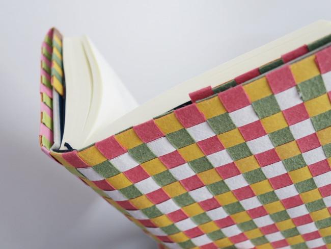 ワークショップ「越前和紙の職人さんと 和紙のブックカバー作り」