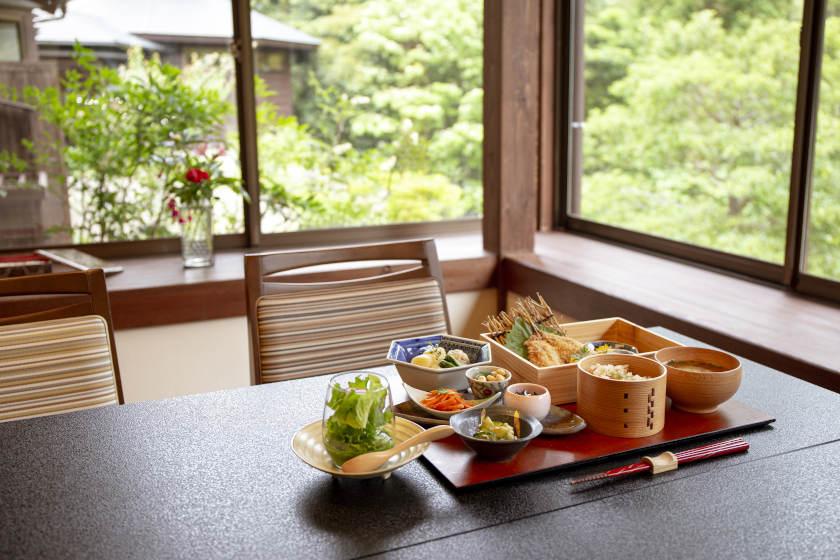 「里山オーベルジュ藤屋」(福井県小浜市)でリラックス! 創作料理も楽しんで。