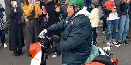出川哲朗さんが福井県内をウロウロしたり、充電したりの目撃情報! あの番組のロケが初上陸らしい【ちょいネタ】