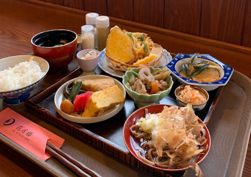 勝山市の郷土料理を味わえる「花月楼」がことのほか良かった!優雅にお食事ができる穴場スポットでした。