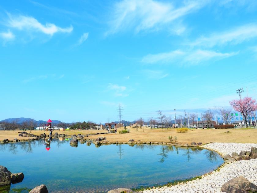 水と緑がいっぱい! 公園でリフレッシュできる親子時間〜瓜生水と緑公園〜【越前市】