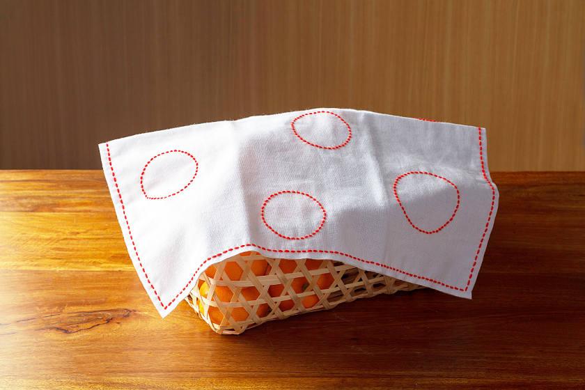 日本伝統の針仕事「刺し子」で花ふきんを作ろう。基本の縫い方と簡単な図案もご紹介します。
