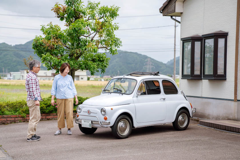 「今日も世界一かわいい」。鯖江市の眼鏡店経営 小棹さんの愛車はフィアット 500L【私とクルマ】