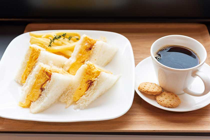 P's cafe KHAANAA (ピースカフェ カーナ) メイン画像