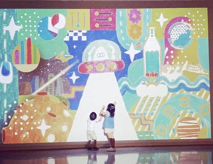 9/27(日)まで開催中! 金津創作の森美術館「FUKUI FORESTART わくわく ふくらむ イラストの森」。カラフルな世界で大人も子どもも元気をチャージしよう♪