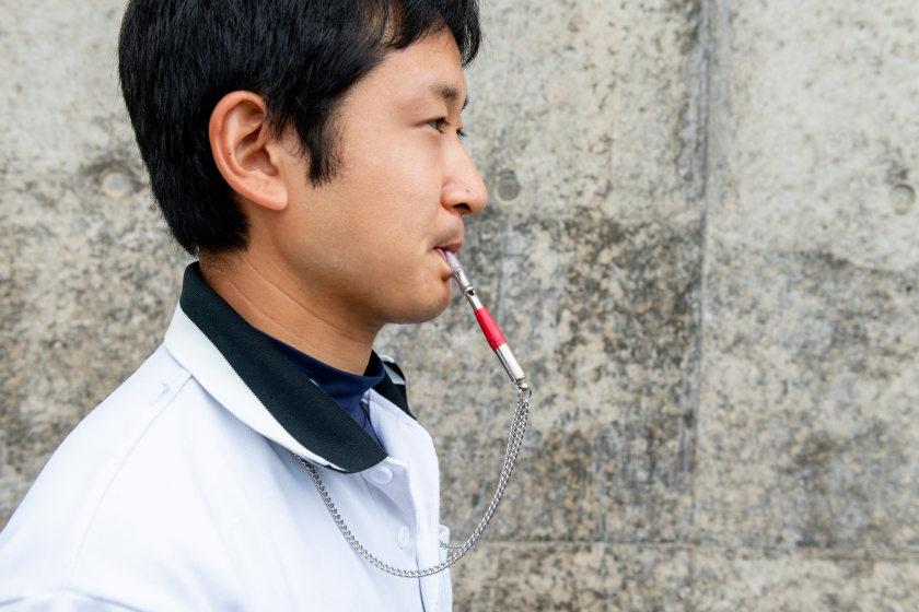 イルカトレーナー・加藤篤さんと「ホイッスル」【ふくいの人と道具】