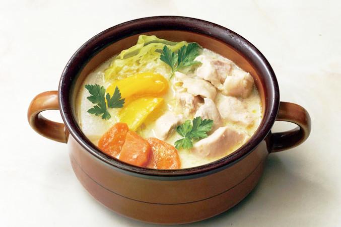 初めてでも失敗しない! 洋食には欠かせない「ホワイトソースとブラウンソース」の簡単レシピ。