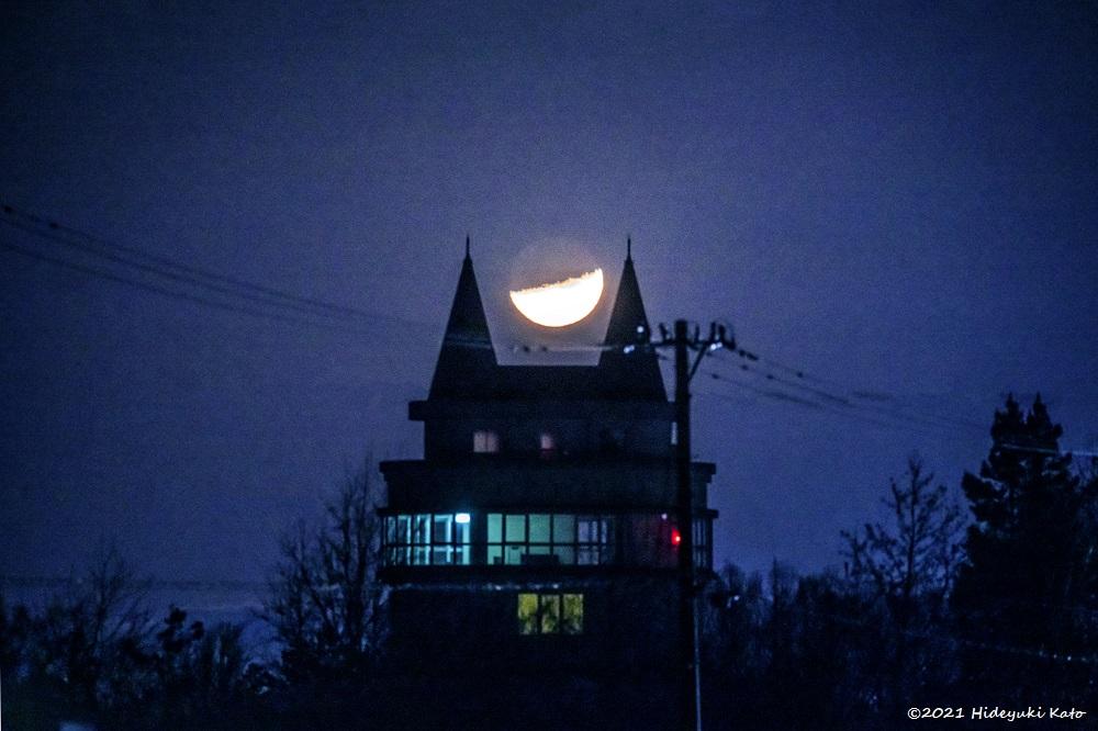 猫耳形の屋根に沈む月! 坂井市の福井県総合グリーンセンターで星を見てきました!【ふくい星空写真館】
