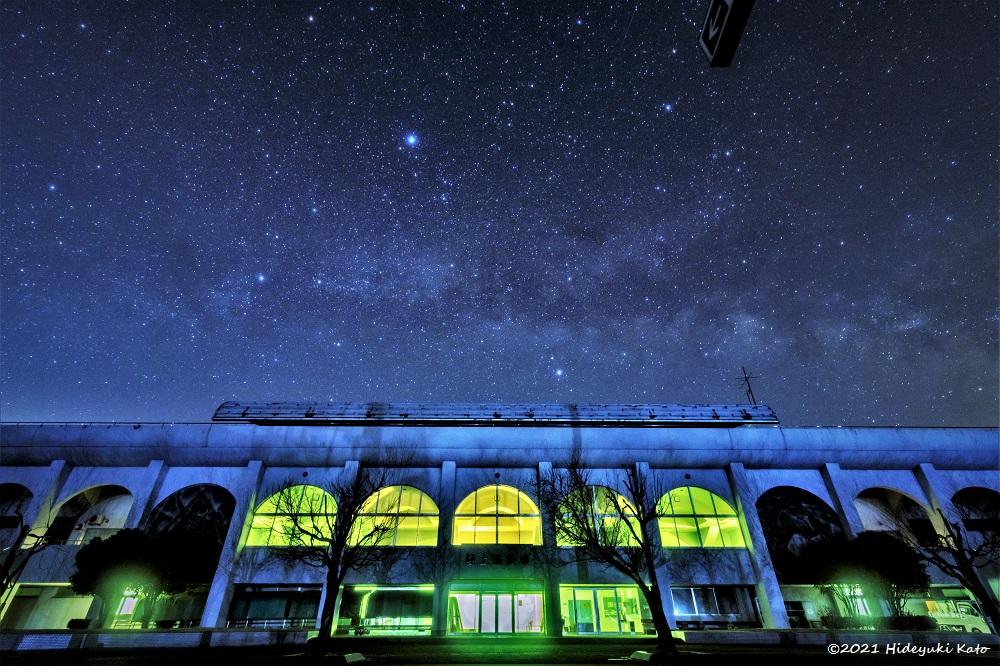陸上競技場と夏の大三角! 大野市の奥越ふれあい公園で星を見てきました!【ふくい星空写真館】