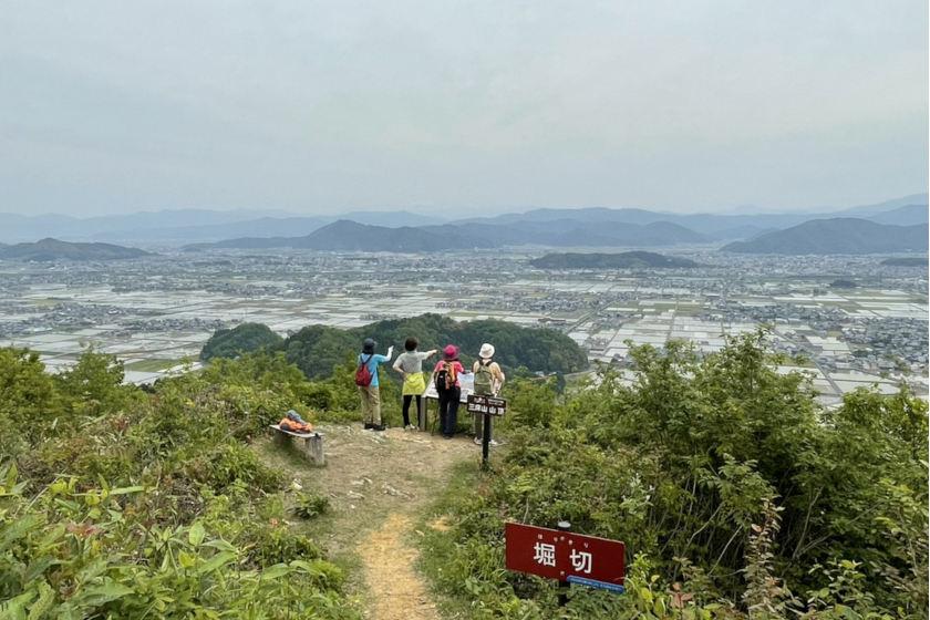 登山初心者にもおすすめ! 約1時間で登頂できちゃう鯖江市の三床山に登ったよ!