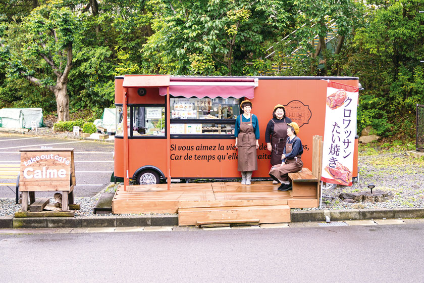 キッチンカーを目指して福井をドライブ♪ スイーツからフレンチまで、専門店の味を気軽にテイクアウトしよう。