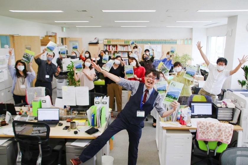 福井県庁の寺井優介CODがふーぽ編集部にやってきた! 聞きなれない名前の役職「COD」って何だろう? その全容に迫ってみたよ♪